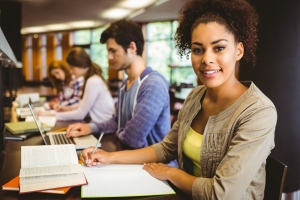 5 Pros and Cons of Higher Education