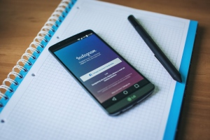 How to Curate Your Content on Instagram